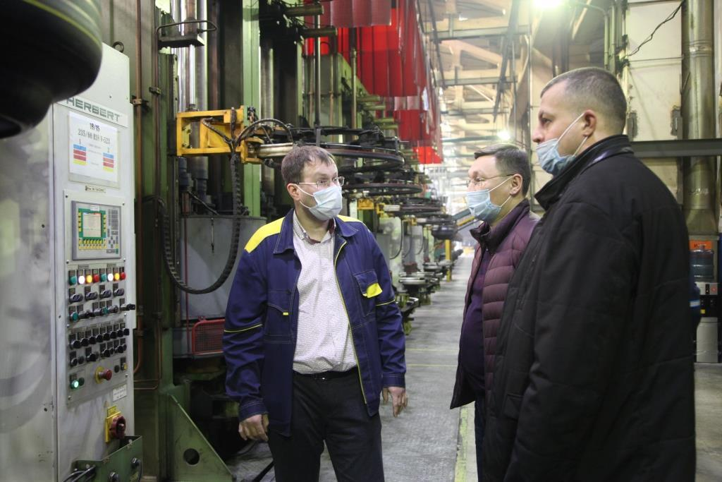 Коммунальщиков Якутии впечатлили масштабы и автоматизация производства на заводах Kama Tyres