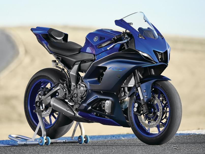 Для заводской комплектации новых мотоциклов Yamaha YZF-R7 выбраны шины Bridgestone