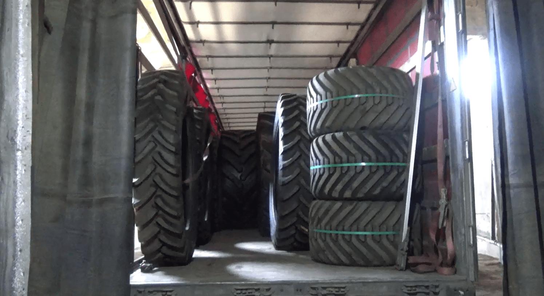 Российские таможенники арестовали партию немаркированных агрошин на границе с Казахстаном