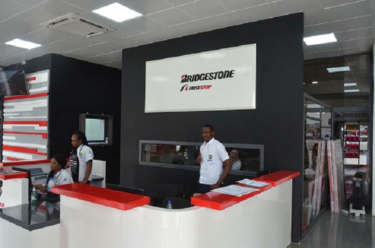 В Кот-д'Ивуаре открыли первый торгово-сервисный центр First Stop компании Bridgestone