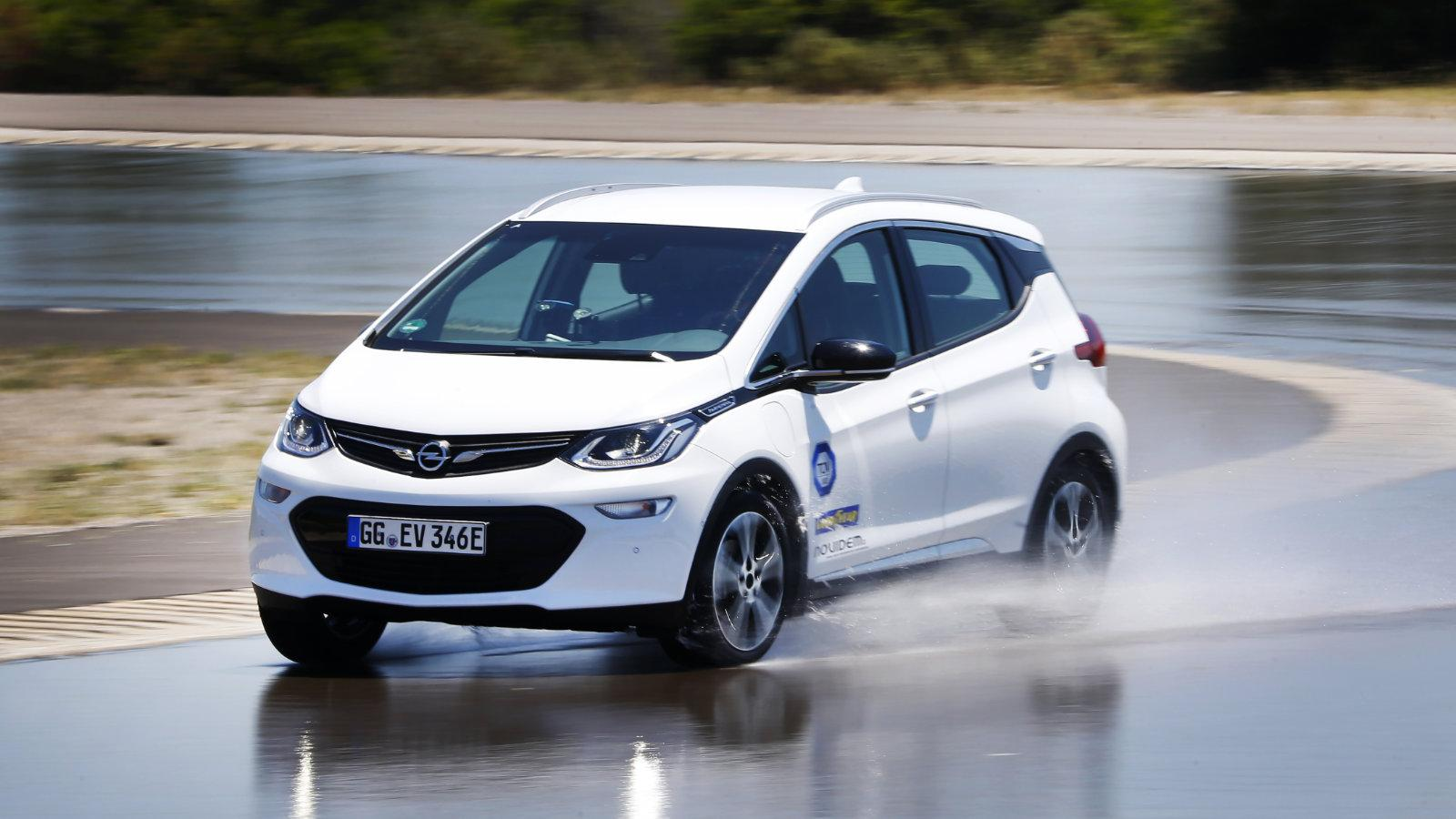 Auto illustrierte: Tест шин для электромобилей 2018