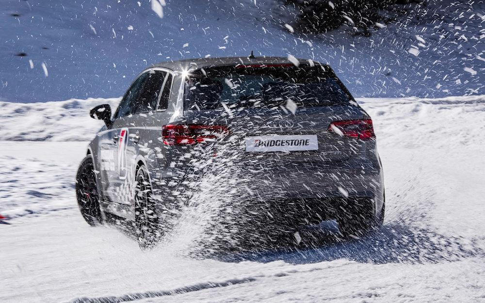 За рулем: Экспресс-тест новых зимних шин Bridgestone с шипами и без