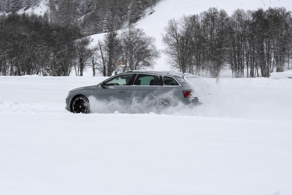 Autozurnal: Тест бюджетных зимних шин 215/55 17 2019